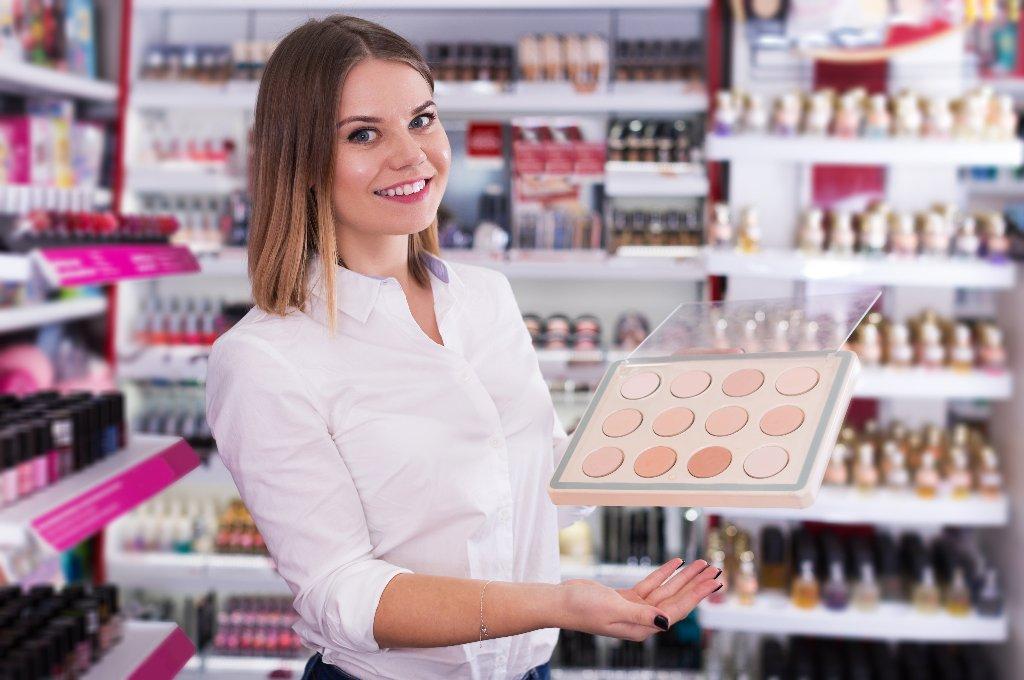 Como montar uma loja de maquiagens do zero ao sucesso.